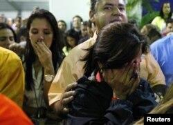 Сторонники Энрике Каприлеса после объявления результатов выборов