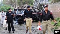 На місці вибуху в Пешаварі 3 вересня 2012 року