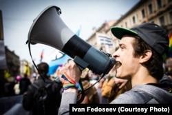 Иван Федосеев на первомайской демонстрации