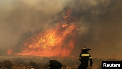 Požar blizu Atine, 5. avgust 2013.