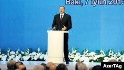 İlham Əliyev YAP-ın qurultayında, 7 iyun 2013