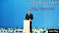 Իլհամ Ալիևը ելույթ է ունենում «Ենի Ազերբայջան»-ի համագումարում, Բաքու, 7-ը հունիսի, 2013թ․