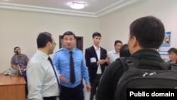 """Обыск в офисе НПО """"Арка Суйеу"""". Алматы, 30 мая 2013 года."""