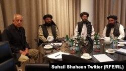 آرشیف: دیدار زلمی خلیلزاد نمایندۀ ویژۀ امریکا برای صلح افغانستان و نمایندگان طالبان در دوحه.