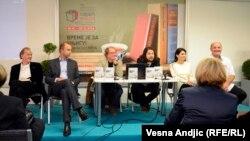 Učesnici promocije knjige Ede Jaganjca u Beogradu