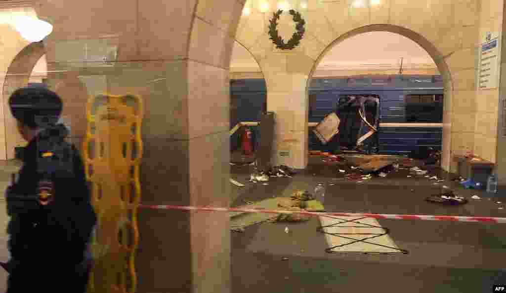 """Станция """"Технологический институт"""", последствия взрыва"""