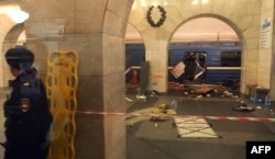 На месте теракта в петербургском метро 3 апреля 2017 года