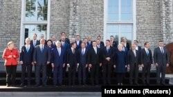 Европа Иттифоқига аъзо давлатлар етакчилари.Таллин саммитида олинган сурат. 2017, 29 сентябрь.