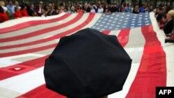 گفتوگو با هوشنگ امیراحمدی، رئیس شورای ایران- آمریکا، درباره حکم پرداخت غرامت به آمریکاییها