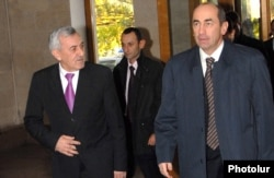 Then-President Robert Kocharian (right) and Defense Minister Mikael Harutiunian in November 2007