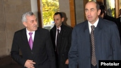 An archive photo of Armenian ex-President Robert Kocharian (right) and ex-Defense Minister Mikael Harutiunian.