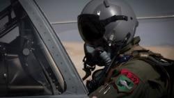 Азия: бежавших из Афганистана военных пилотов вывезут в Катар