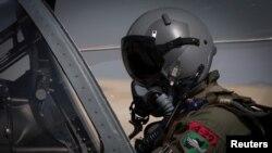 Афганский пилот истребителя. Иллюстративное фото.