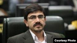 موید حسینی صدر، نماینده خوی در مجلس