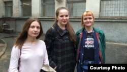 На фота злева направа: Аляксандра Кузьміч, Аляксандра Лашук, Ульяна Трэгубава