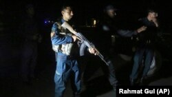 آرشیف، یک پولیس امنیتی در شهر کابل