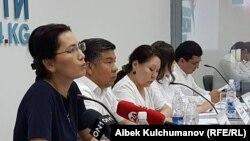"""""""Ата Мекен"""" партиясынын өкүлдөрүнүн маалымат жыйыны. Бишкек. 27-июль, 2017-жыл."""