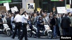 """Движение """"Захвати Уолл-стрит"""" становится интересным демократам, за что последних уже критикуют их оппоненты из Республиканской партии"""