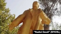 Таъмирланган Ленин ҳайкали