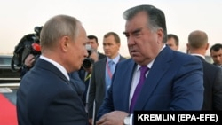 Президенты РФ и Таджикистана Владимир Путин и Эмомали Рахмон.