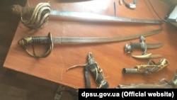 """Kalançak"" kiriş-çıqış noqtasında tutulıp alınğan qılıçlar, Ukraina Devlet sıñır hızmetiniñ süreti"