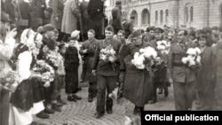 Илустрација: Ослободување на Скопје на 13 ноември 1944 година.