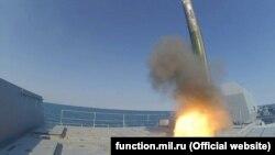 Екіпаж фрегата «Адмирал Григорович» провів спільні навчання з береговими протикорабельними комплексами «Бал» і «Утес», 26 травня 2021 року