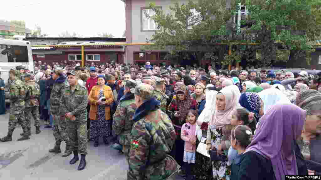 Tajikistan,Dushanbe city, people waiting released of their relatives from Dushanbe prison after amnesty, 28October2019