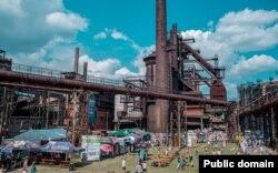 Музыкальный фестиваль Colours of Ostrava на территории бывшего сталелитейного завода