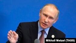 Президент России Владимир Путин. Пекин, 15 мая 2017 года.