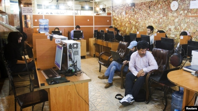 A number of social networks are blocked in Iran despite their popularity among Internet users. (file photo)