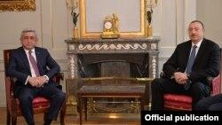 Switzerland - Presidents Serzh Sarkisian (L) of Armenia and Ilham Aliyev of Azerbaijan meet in Bern, 19Dec2015.