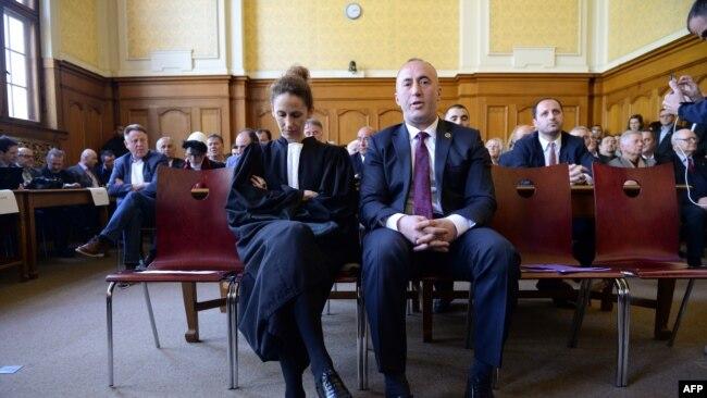 Seanca gjyqësore, 6 Prill - Colmar