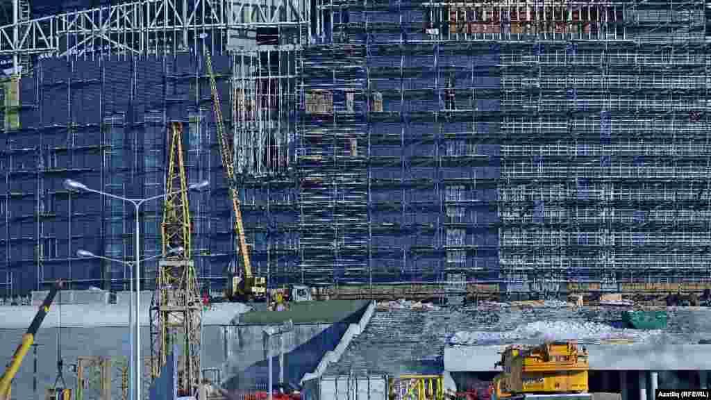 Стадионның Казан кирмәненә караган ягы