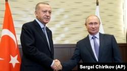 اردوغان در آستانه پایان آتشبس با کردها به سوچی روسیه سفر کرده است تا با ولادیمیر پوتین دیدار کند.