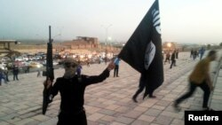 Бойовик угруповання «Ісламська держава» у Мосулі (архівне фото)