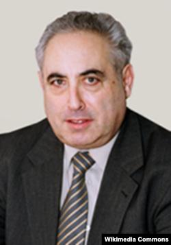 Аляксандар Буханоўскі (1944–2013)