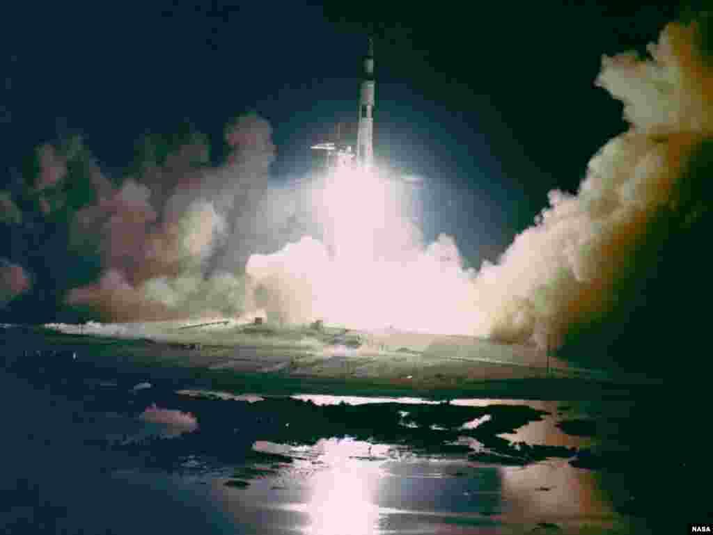 """Ракету миссии """"Аполлон-17"""" запустили 7 декабря 1972 года."""