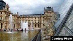 Из знаменитого французского музея на Аравийский полуостров отправятся только «правильные» экспонаты