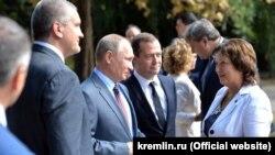 Архивное фото: Владимир Путин в Керчи, 15 сентября 2016 года