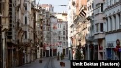 Stamboll, Turqi