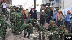 Кытай -- 2008-жылы майдагы Сычуандагы зилзаланын күчү 7,8 баллга барабар болгон эле. Цинхайда болсо анын күчү 7,1 баллга барабар болду.