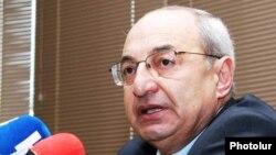 Председатель Общественного совета Армении Вазген Манукян