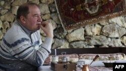 Ильми Умеров, Қырым татарлары меджлисі төрағасының бұрынғы орынбасары.