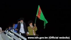 Türkmen zyýaratçylary. Arhiw suraty