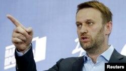 Олексій Навальний заявляє про об'єднання опозиції на прес-конференції в Москві, 22 квітня 2015 року