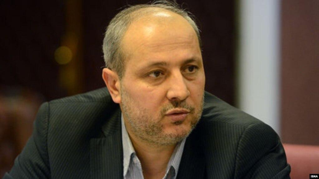 مناف هاشمی، استاندار سابق گلستان که برکنار شد