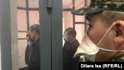 В зале суда во время оглашения приговора по «делу таможенников». Шымкент, 16 марта 2020 года.