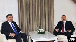 Թուրքիայի նախագահ Աբդուլա Գյուլի եւ Ադրբեջանի նախագահ Իլհամ Ալիեւի հանդիպումը Բաքվում, արխիվային լուսանկար