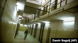Американський військовий у в'язниці Абу-Грейб в Іраку